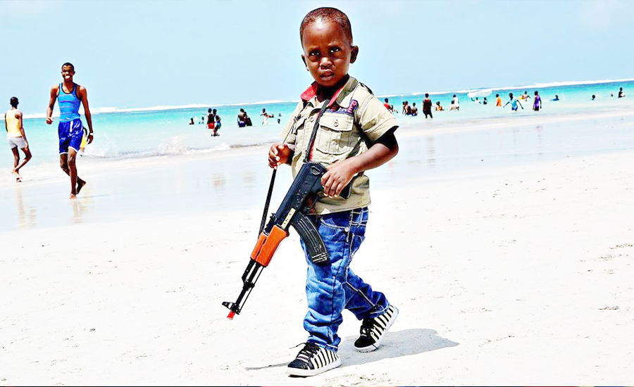 خطط لتستثمر يوما في أكواخ على شواطئ الصومال